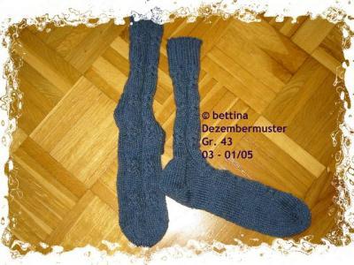Socken mit Dezembermuster