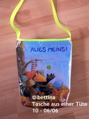 Tasche aus einer recycelten Tuete